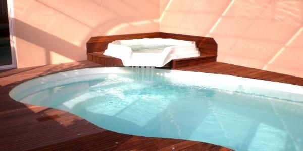 """Espace Bien-Être """"Ouvéa"""" - La piscine avec ambiance aquatique"""